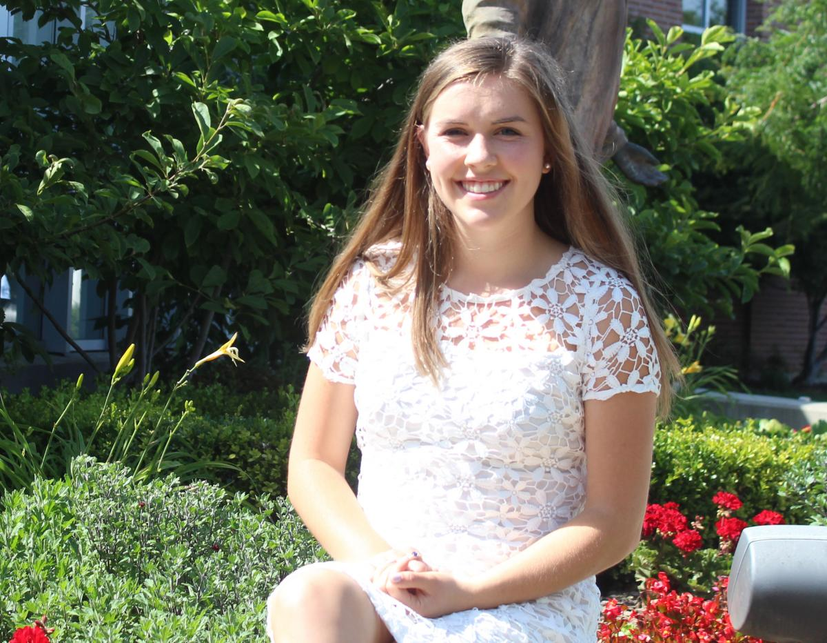 Swimmer Emily Bloom Named Valedictorian