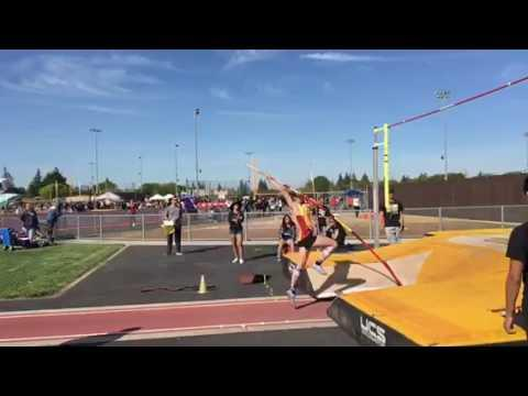 Vaulters Clear New Heights at Mustang Invite
